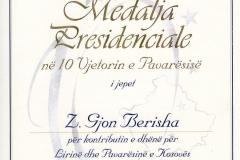 MEDALJA-PRESIDENCIALE-PER-10-VJETORIN-E-PAMVARSISE-KOSOVES-ME-16.-10.-2018-page-001